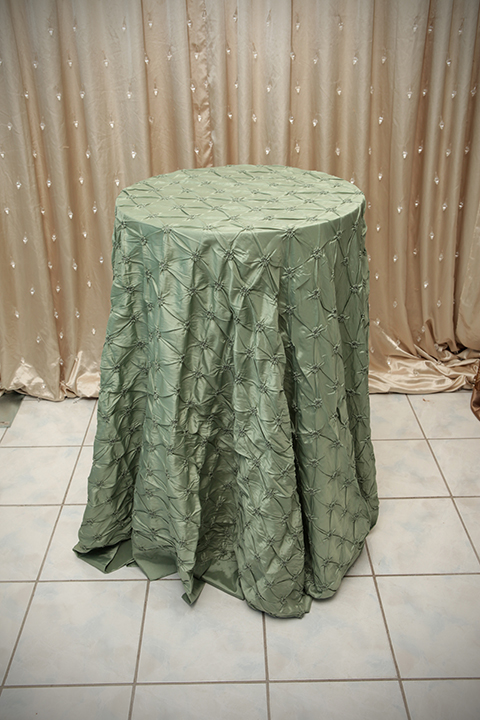 Sage Green Pinch Tablecloth