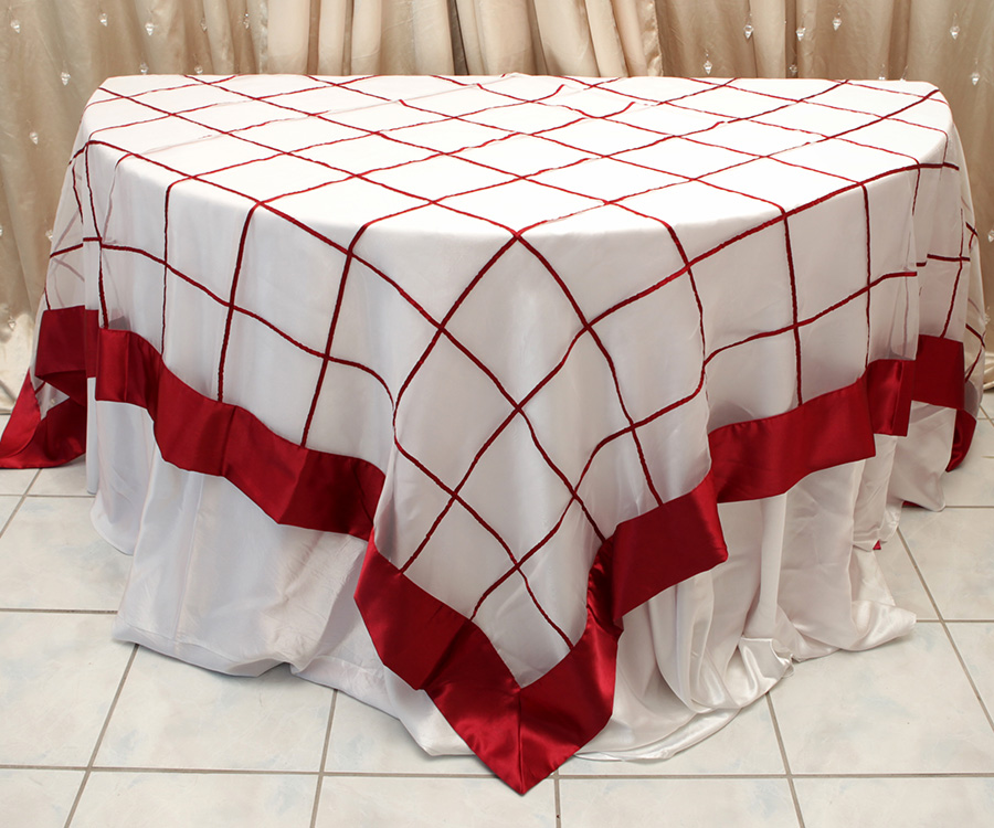 Ashey Style Table Cover Raspberry
