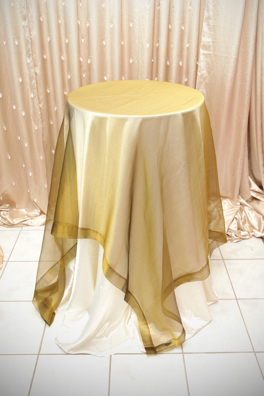 Sheer Overlay Table Cover Pale Green