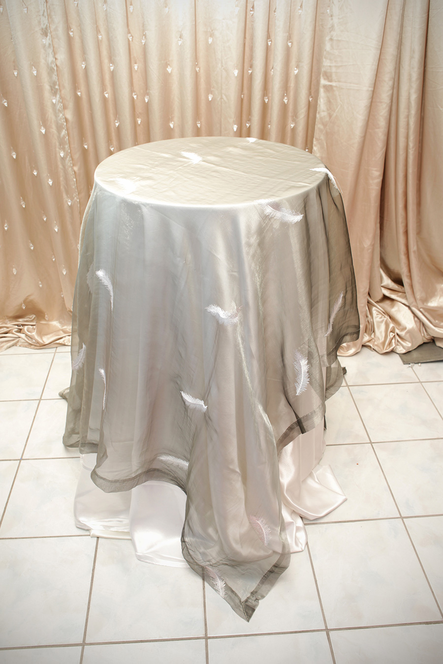 Sheer Overlay Table Cover Silver With Feathers