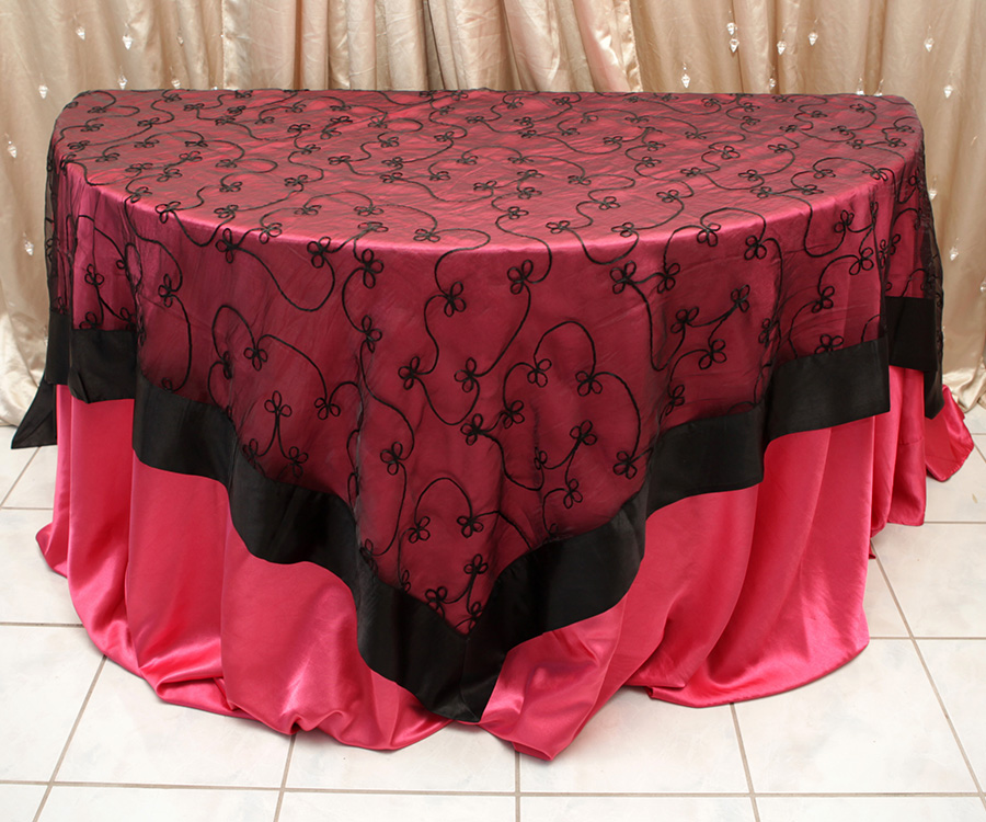 Swirl Overlay Table Cover Black