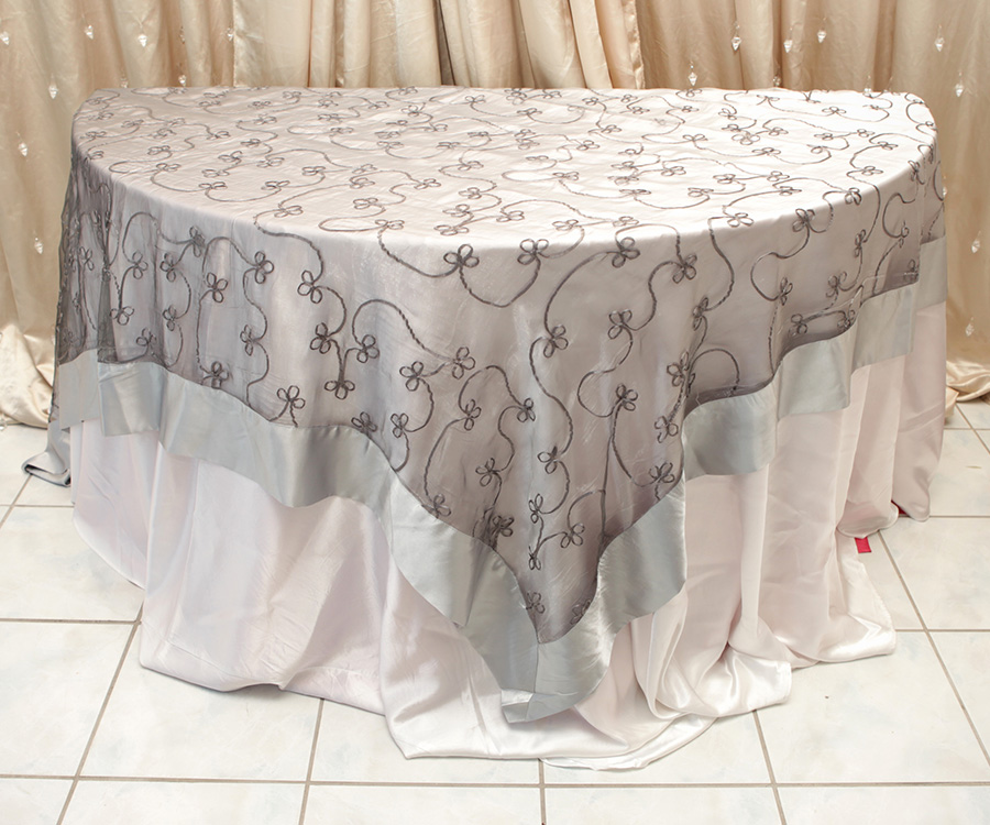 Swirl Overlay Table Cover Silver