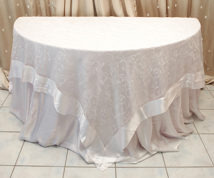 Swirl Overlay Table Cover White